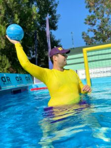 water skyball player 82